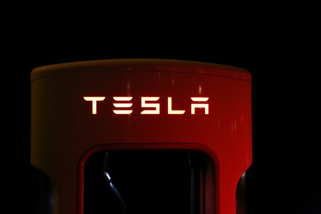 Supercargador TESLA 120 kW