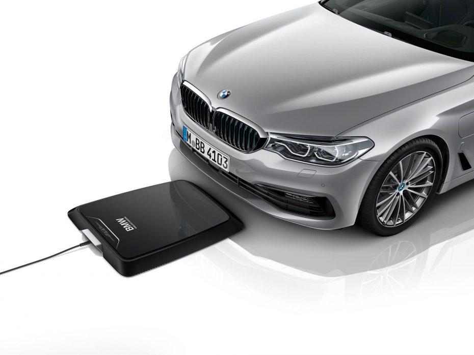 Cargador inalámbrico por inducción BMW