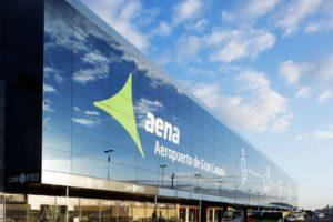AENA puntos de recarga en sus aeropuertos.